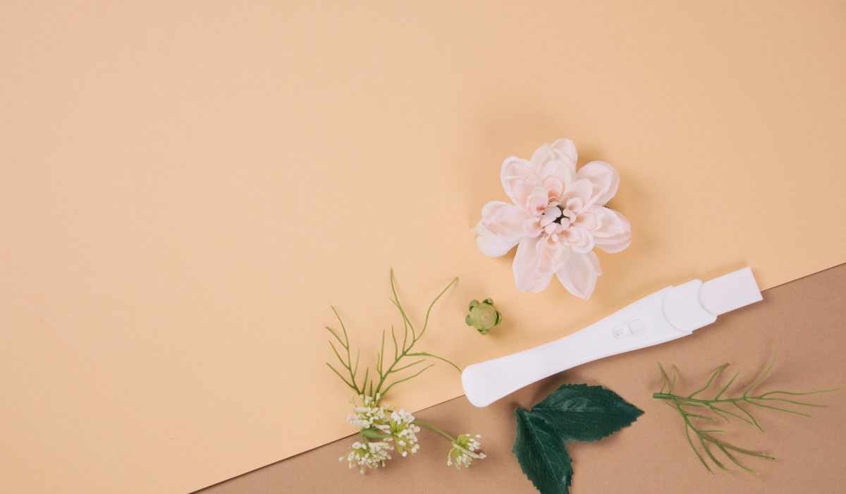 canva-pregnancy-test-on-a-table-MAEVhT_ZHa8
